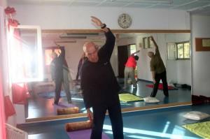 יוגה לקשישים בהתנדבות 1